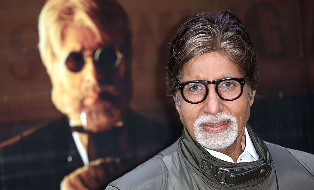 LONDON, ENGLAND - JANUARY 27:  Actor Amitabh Bachchan attends a photocall for