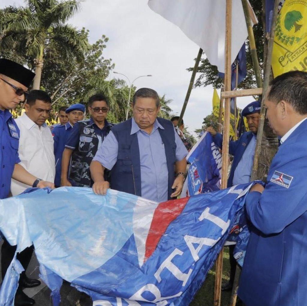 Baliho Dirusak: SBY Rapat Darurat, PDIP Santai