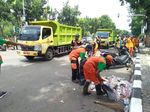 Massa Pawai Persija Tinggalkan Balkot, Pasukan Oranye Bersih-bersih