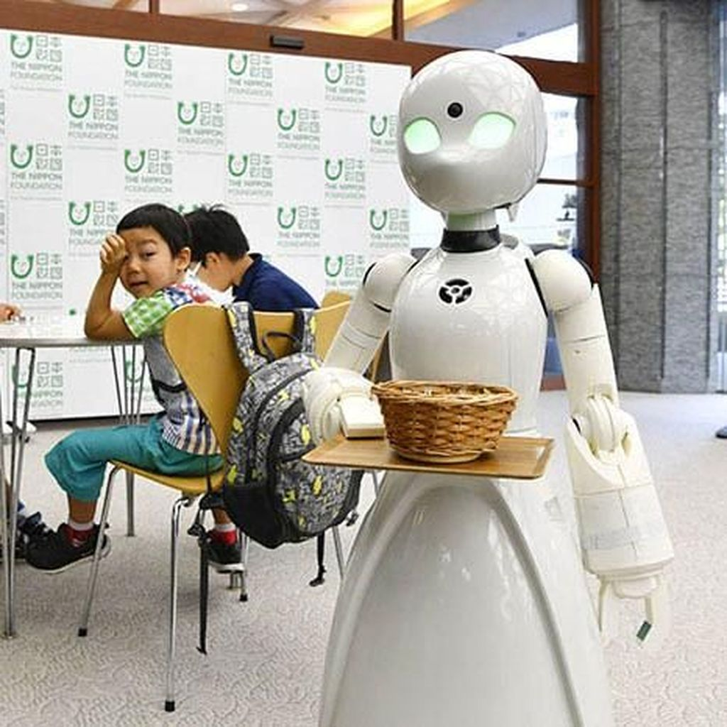 Lewat Robot, Orang Sakit Tetap Bisa Kerja Cari Uang