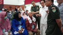 Berlico Farma Bantu Operasi Katarak Gratis di RS Dustira Cimahi