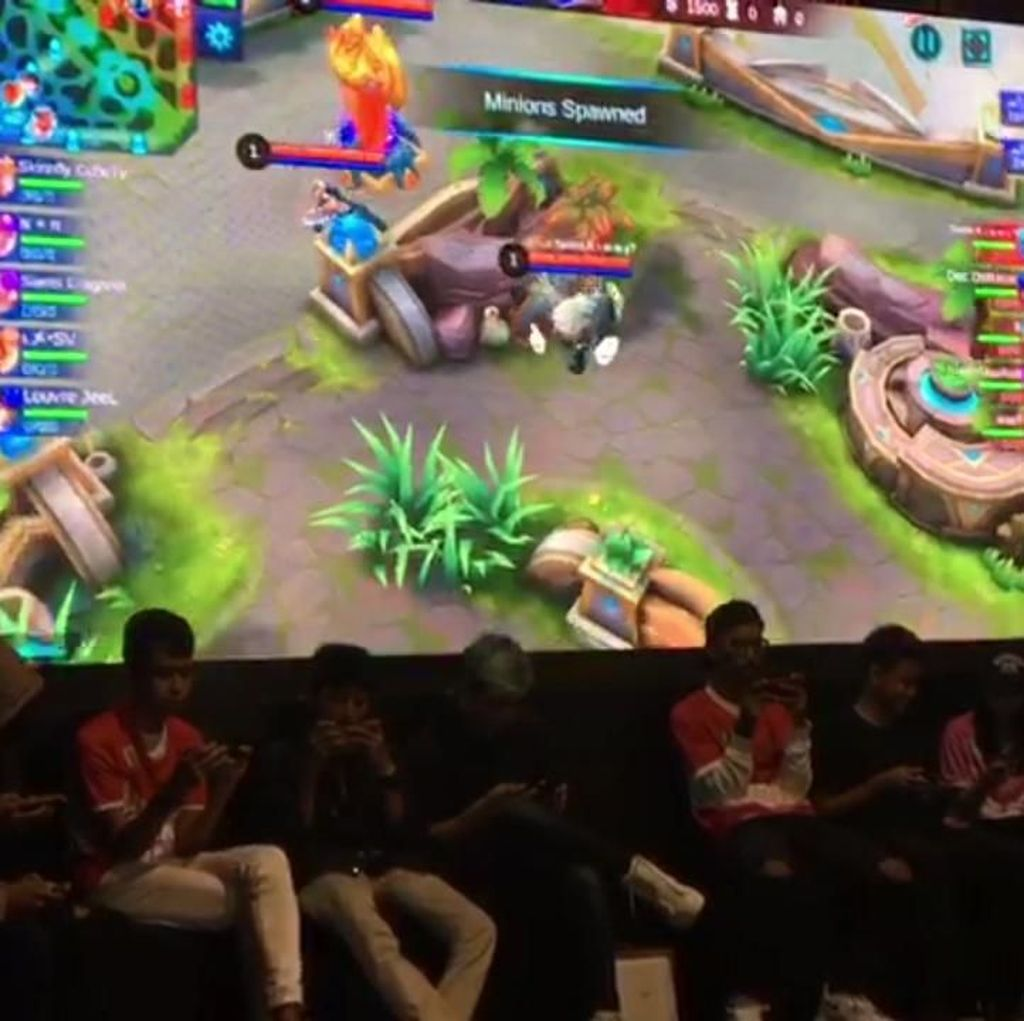 Serunya Turnamen Mobile Legends di HUT Transmedia