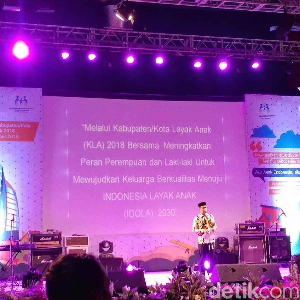 Ridwan Kamil Gulirkan Sekoper Cinta