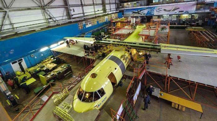 Pabrik produksi pesawat seri Antonov terletak di Sviatoshyn Airfield di Kiev. Istimewa/oko-planet.su.