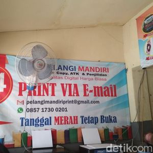 Strategi Tukang Ngeprint Depan Kampus Tetap Eksis di Era Digital
