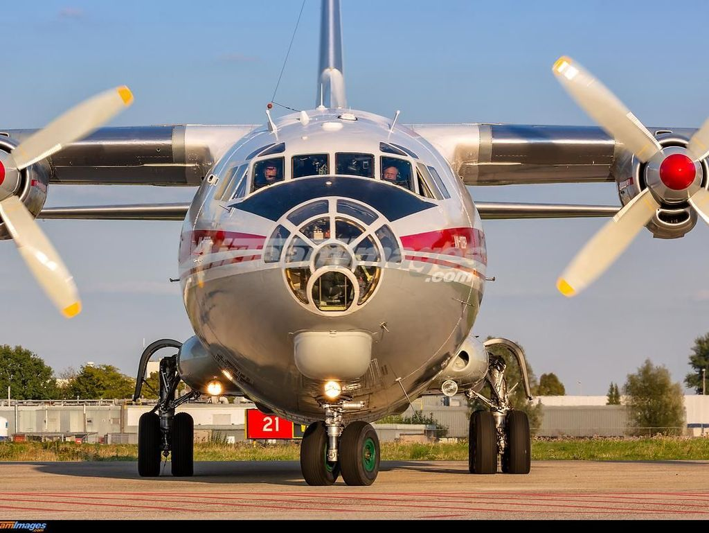 Raungan Pesawat Antonov Pernah Bikin Heboh Manchester Tahun 2015