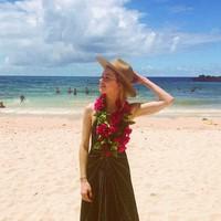 Amber Heard yang terlihat seperti turis pada umumnya. Cantik bukan? (Instagram/amberheard)