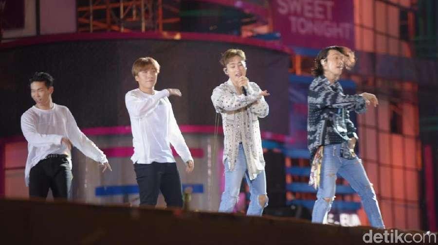 ELF! Yuk Lihat Lebih Dekat Super Junior D&E di Konser Transmedia