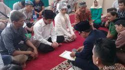 Mahar Rp 200 Ribu, Tahanan Nikahi Kekasih di Mapolres Cirebon