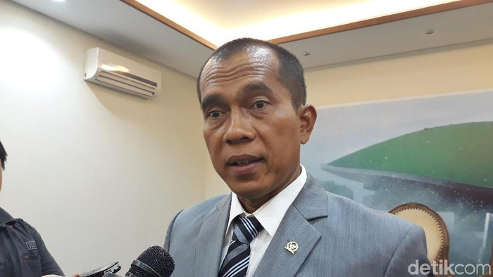 Ketua Komisi I DPR Abdul Kharis (Foto: Tsarina Maharani/detikcom)