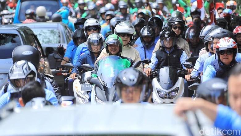 Prabowo Subianto naik ojek online dengan motor XMAX (dokumentasi tim Prabowo Subianto)