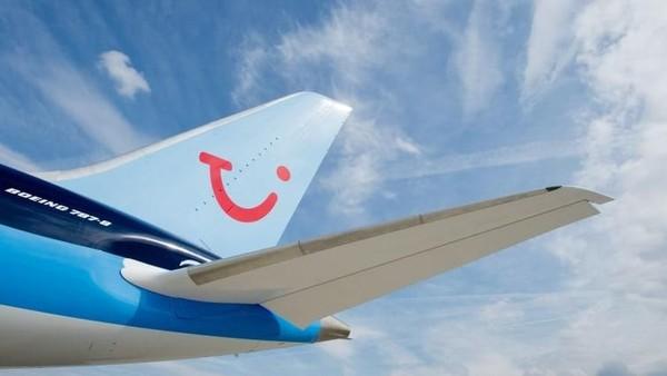 Maskapai manakah yang paling efisien mengelola CO2? TUI Airways dengan nilai 79,3 menjadi yang teratas (CNN Travel)