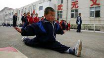 Lentur Kebangetan! Kelincahan Para Bocah yang Sedang Latihan Kung Fu