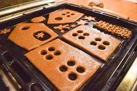 Mau Bikin Gingerbread House sendiri? Ikuti Tips Penting Ini
