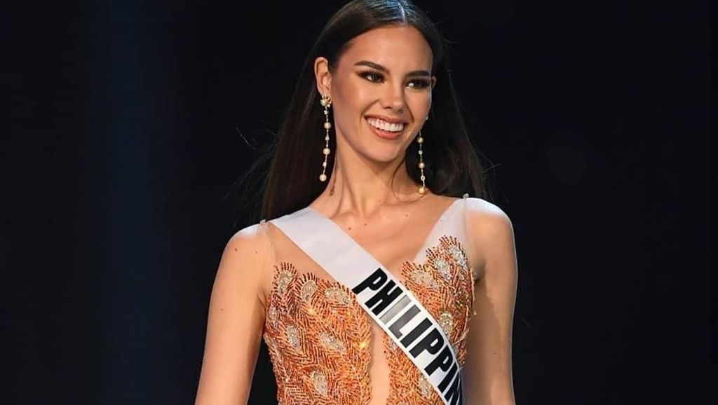 Kalahkan South Africa, Miss Philippines Menangkan Miss Universe 2018