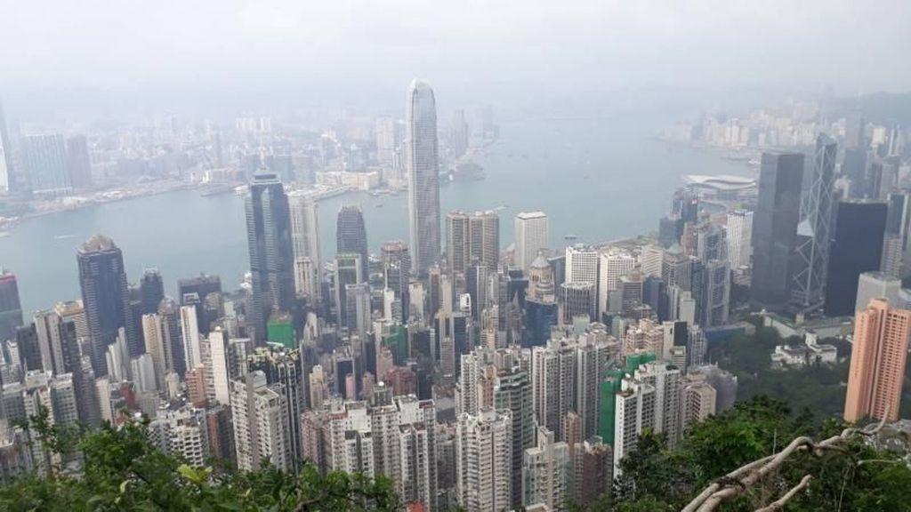 Melihat Pesona Hong Kong dari Ketinggian di Victoria Peak