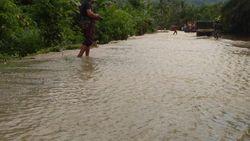 Ratusan Rumah di Mamuju Tengah Sulbar Terendam Banjir Satu Meter