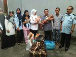 Duh! Ibu Ditahan, 3 Bayi Kembar Ikut Menginap di Penjara Aceh