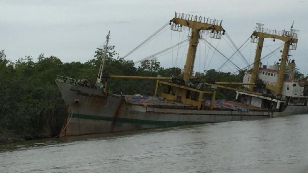 Misteri Kapal Karam di Sungai Segah