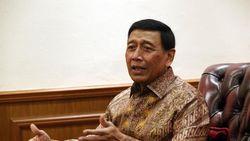Canda Wiranto Ajak Prabowo Taruhan Rumah soal Indonesia Punah