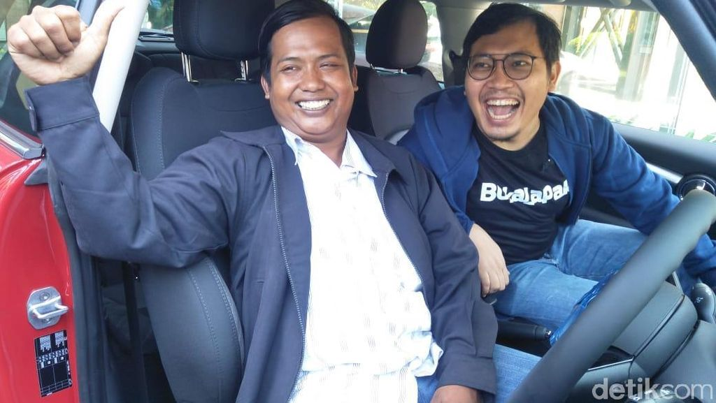 Driver Ojol Jual MINI Cooper Rp 12 Ribu untuk Renovasi Rumah