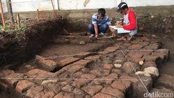 Perkampungan Majapahit Ditemukan di Mojokerto, Situsnya Diekskavasi