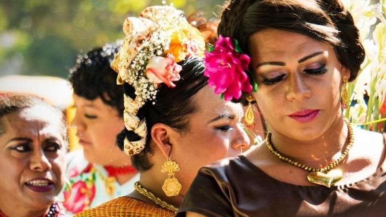Gender Ketiga di Meksiko dan Kisah Santo yang Bawa Bibit Campuran