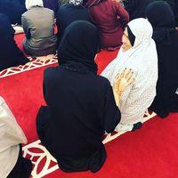 Cantiknya Evangeline Lilly, Bintang 'Ant-Man' Saat Pakai Hijab di Qatar
