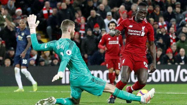Man United kalah 1-3 dari Liverpool di putaran pertama.