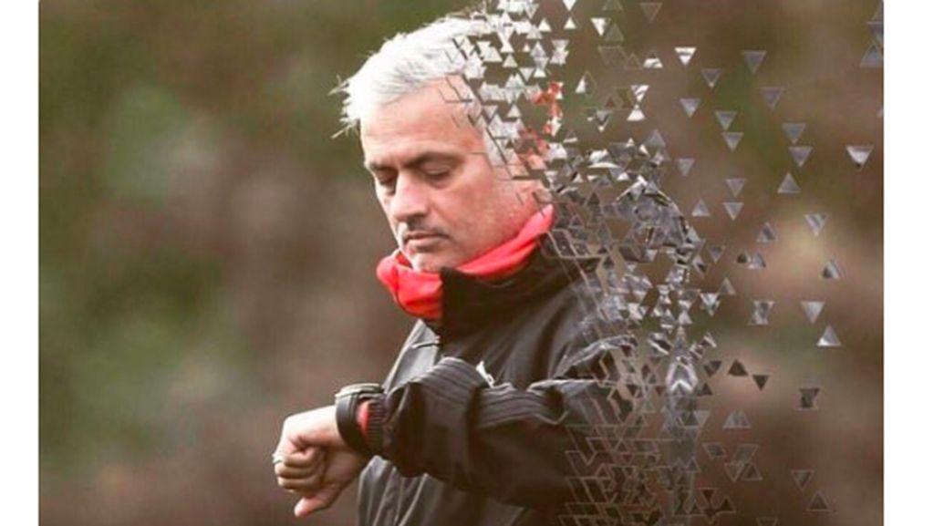 Meme: Mourinho, Kok Bisa Sih MU Digebuk Liverpool?