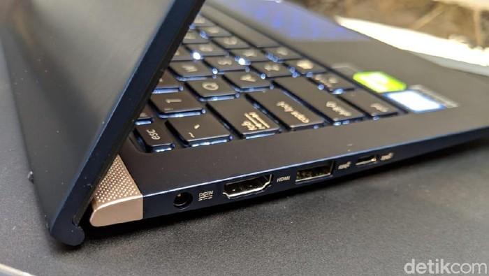 fotoinet laptop tipis asus