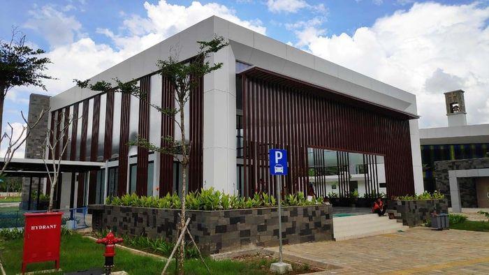 Pengembangan tahap II Pos Lintas Batas Negara ( PLBN) Aruk, Kabupaten Sambas, Kalimantan Barat dari Pemerintah melalui Kementerian PUPR yang dilaksanakan oleh PT Wijaya Karya (Persero) Tbk dan PT Cakra Manggilingan (Persero) - (WIKA - CAKRA KSO) selesai Desember 2018 ini. Pool/PT Wijaya Karya (Persero) Tbk.