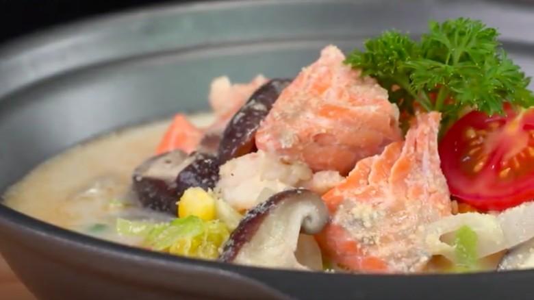 Resep Sup Salmon Susu Kedelai Menu Wajib Ibu Hamil