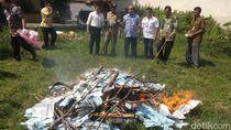 29.200 KTP Rusak Dibakar di Rembang, Ribuan Lainnya Menyusul