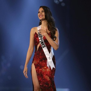 Begini Cara Belajar Jalan Cantik Ala Miss Universe Catriona Gray