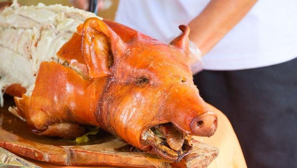 Ini Awalnya Traveler Dilarang Bawa Daging Babi ke Malaysia