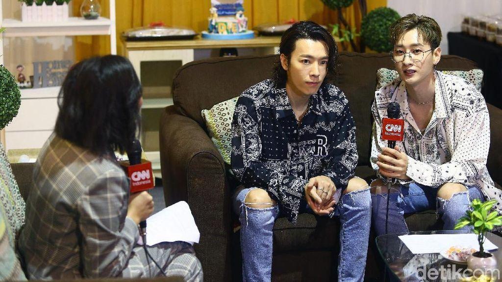 Super Junior D&E Terharu Bisa Bertemu Jokowi di Korea
