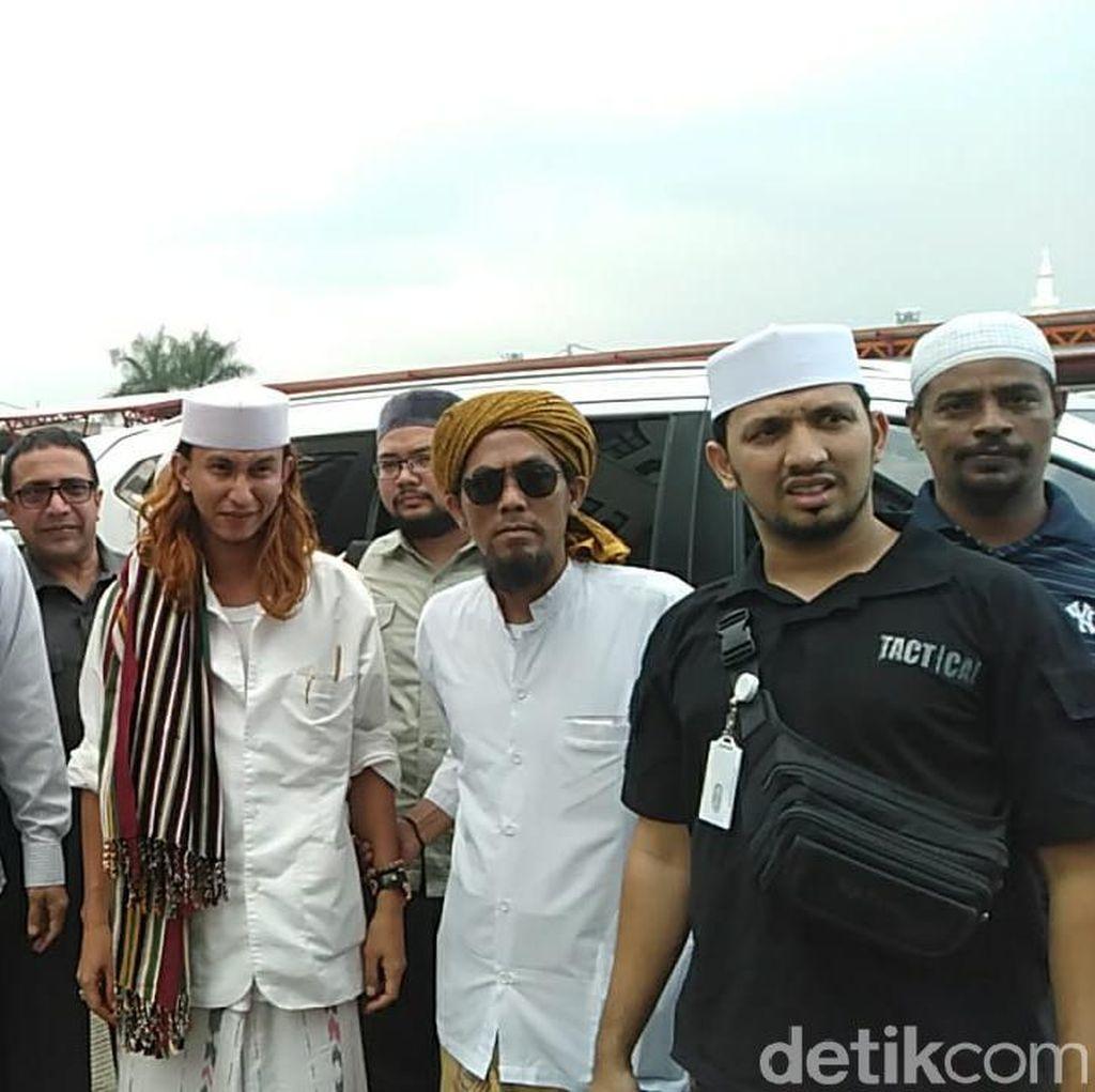 Pengacara Minta Habib Bahar Tak Ditahan Polda Jabar