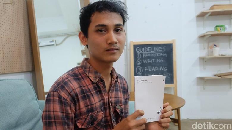 Mengangkat Budaya Lokal Minang ke Puisi ala Penyair Andre Septiawan