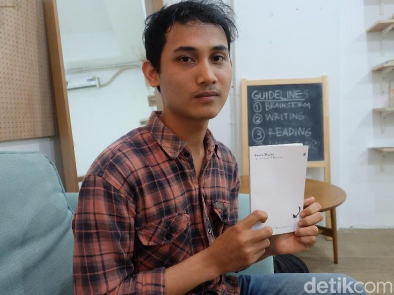 Khas Budaya Minang, Puisi Andre Septiawan Juga Selipkan Unsur Jenaka Foto: Tia Agnes/ detikHOT