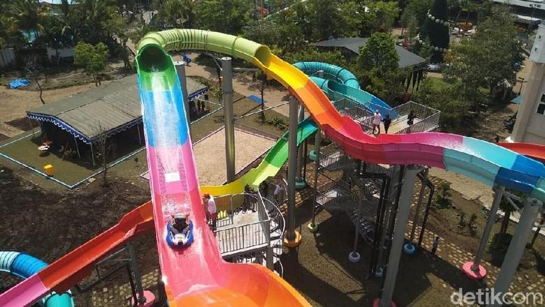 Jet Coaster Slider di Hawai Water Park (Muhammad Aminudin/detikTravel)