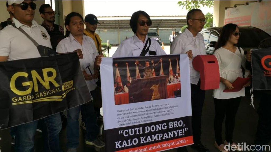 Tepis Gerindra soal 2 Jari, GNR Daftarkan Laporan terhadap Anies ke Bawaslu