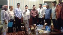 Ke Rumah Situbondo, Serikat Buruh Beri Undangan Munas ke Jokowi-Maruf