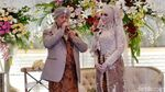 Raut Bahagia Opick dan Bebi Usai Resmi Menikah