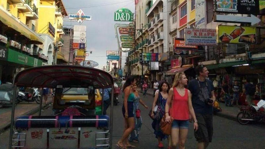 Khaosan Road, Tempat Ngumpulnya Backpacker di Thailand