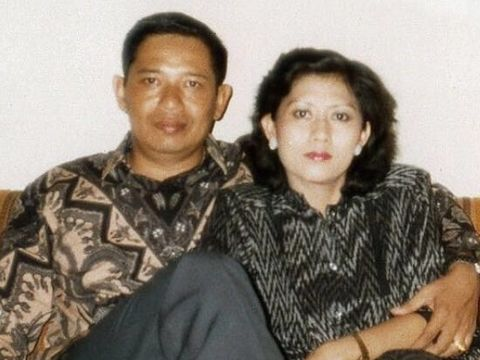 SBY dan Ani Yudhoyono saat muda.