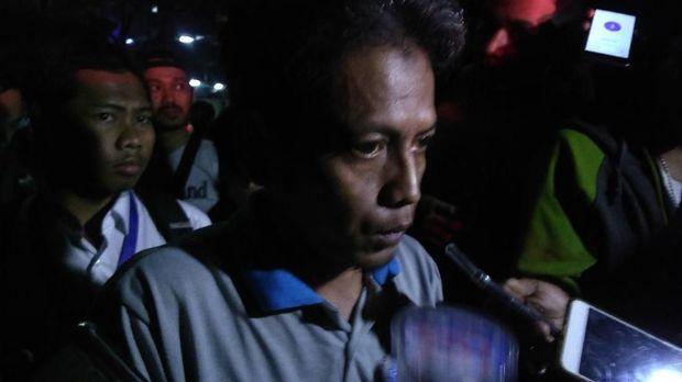 Saksi sebelum Jalan Gubeng di Surabaya amblas, Rudi.