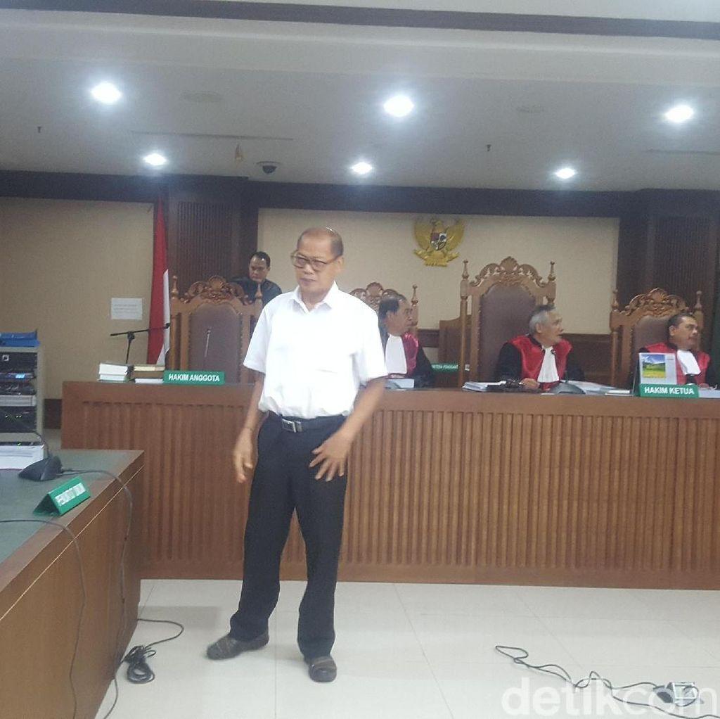 Eks Kabiro Keuangan Udayana Dituntut 4 Tahun Penjara