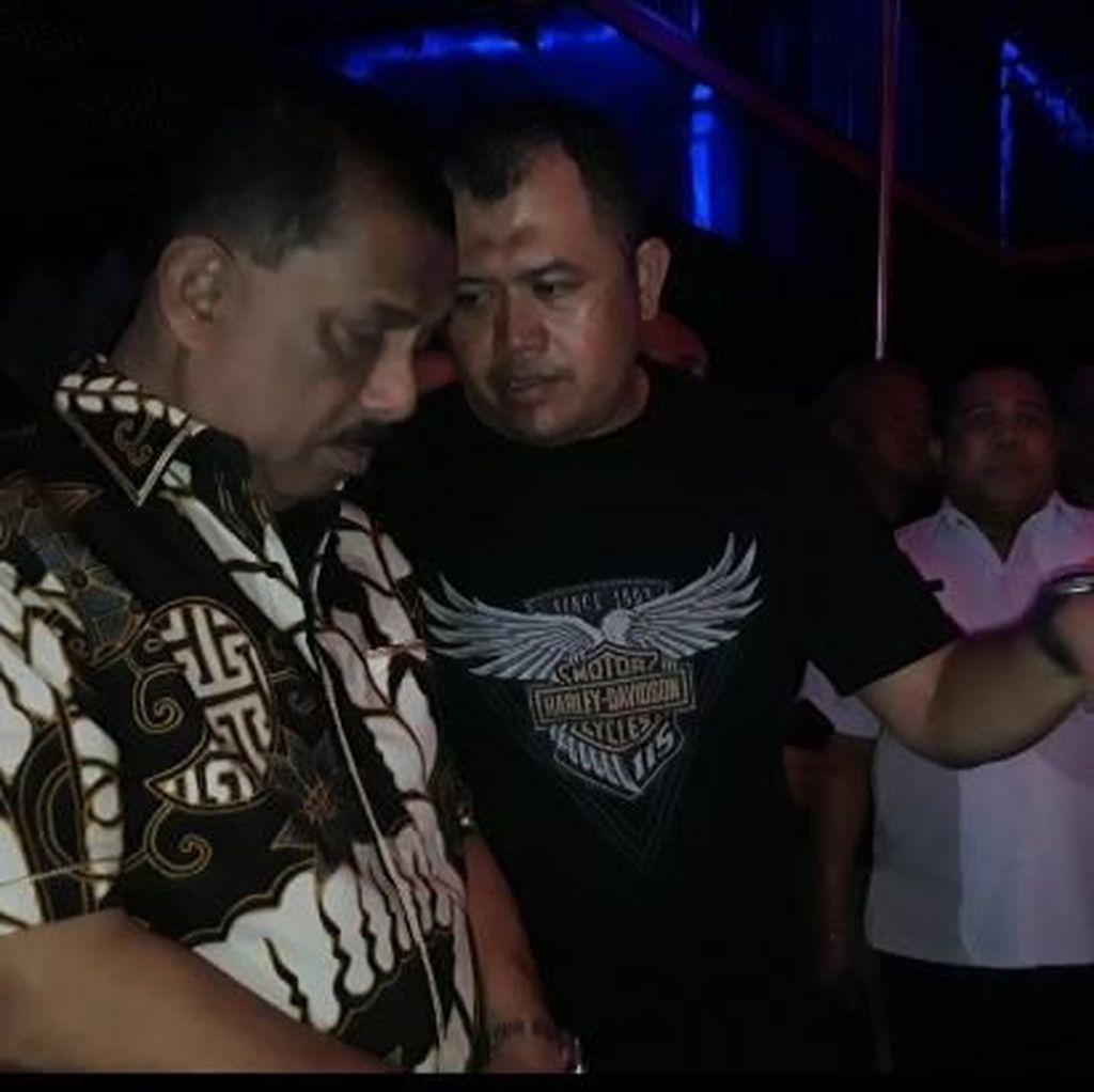 Walkot Ambon Heran Ada Tari Erotis di Anang Family Karaoke