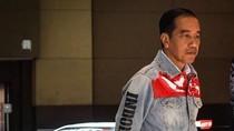7 Momen Fashion Jokowi yang Jadi Viral Sepanjang 2018